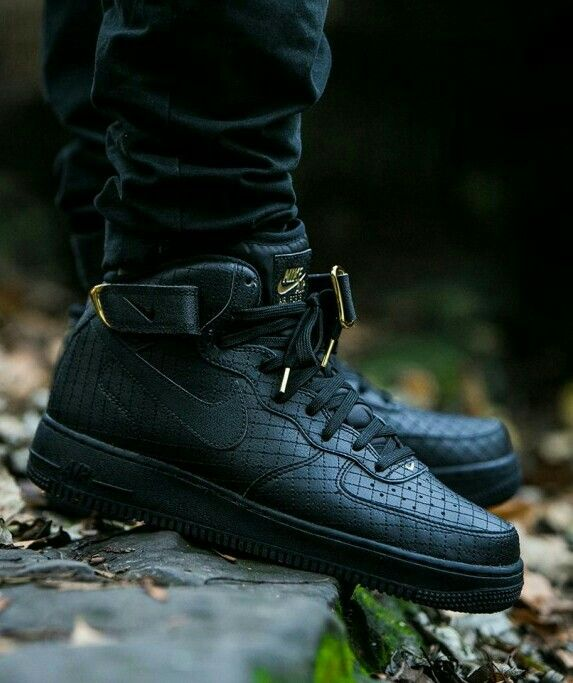 NIKE AIR FORCE 1 MID ´07 LV8 BLACK BLACK (с изображениями