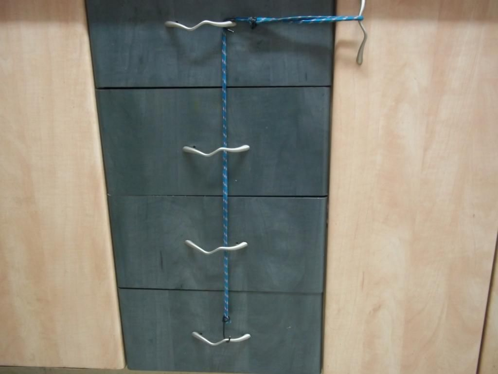 Baby Proof Kitchen Cabinets Use Chain Clips As A Child Proof For Cabinet Drawers In Kitchen