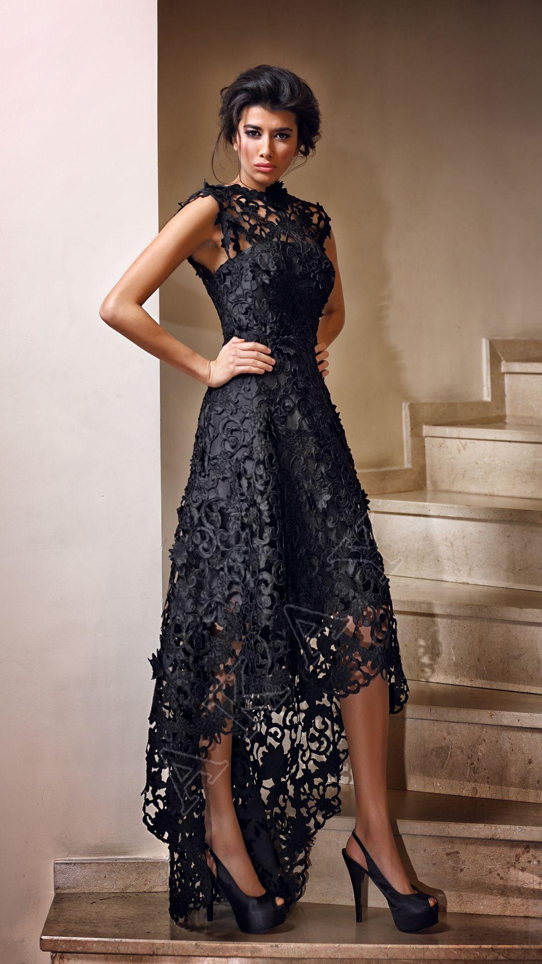 97b25979fd11c Akay Marka 2016 ve 2017 Yılında Giyilebilecek Abiye Elbise Modelleri -  Siyah Dantelli