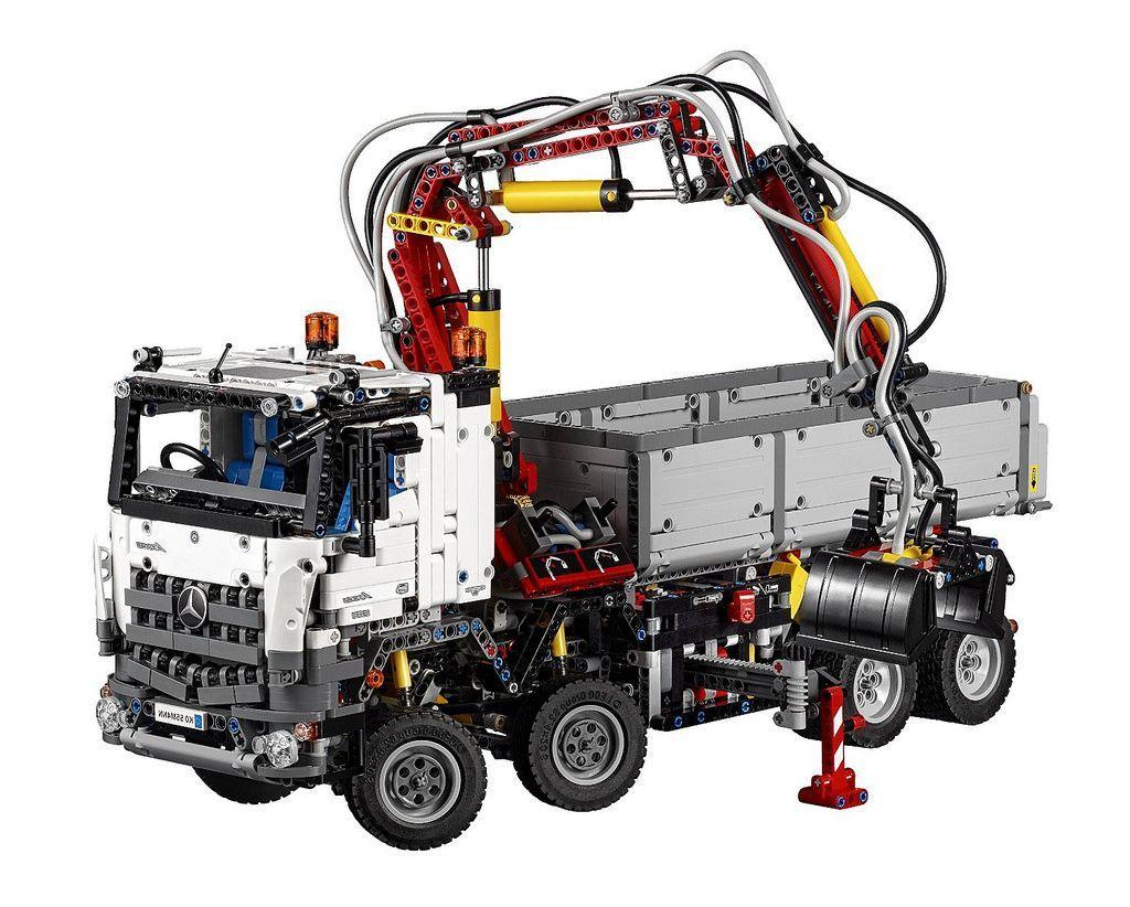 Lego 42043 mercedes benz arocs 3245 technic 1
