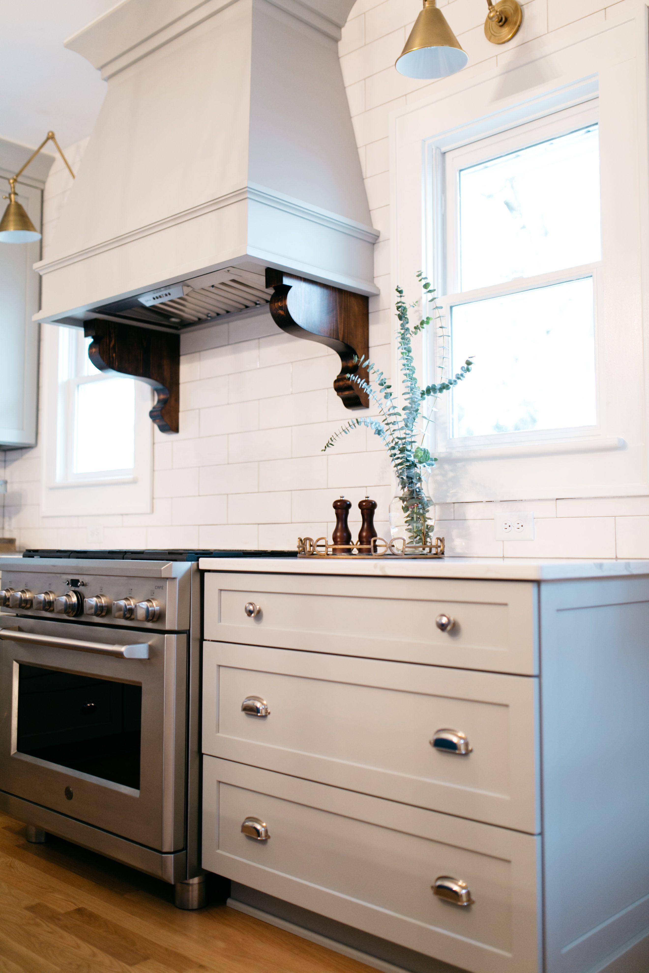 Pin By Tiffany Skilling Interiors On Kitchens Interior Interior Design Design