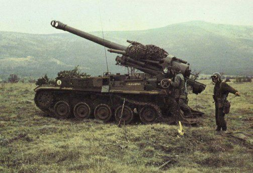 French SPG AMX13 F3 155mm howitzer