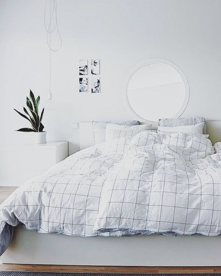 431164a745ff6f61a6639399fa700880 Minimalist Tumblr Bedroom White Bedroom Tumblr Jpg 736 920 Bedroom Interior Bedroom Design Minimalist Bedroom