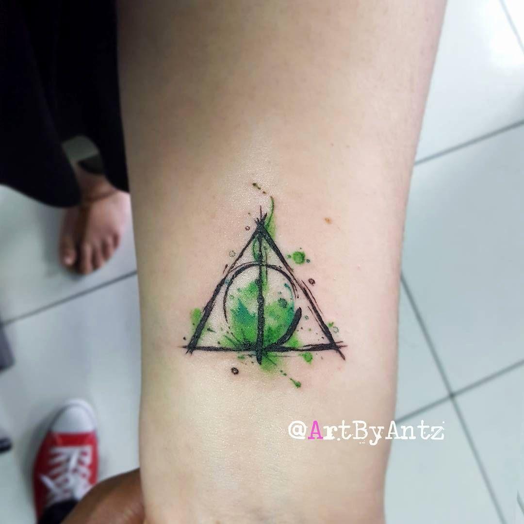 Deathly Hallows Tattoo In 2020 Matching Harry Potter Tattoos Slytherin Tattoo Hufflepuff Tattoo
