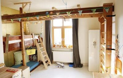 Klettergerüst Holz Kinderzimmer : Kinderbett klettergerüst altholz upcycling recycling design von
