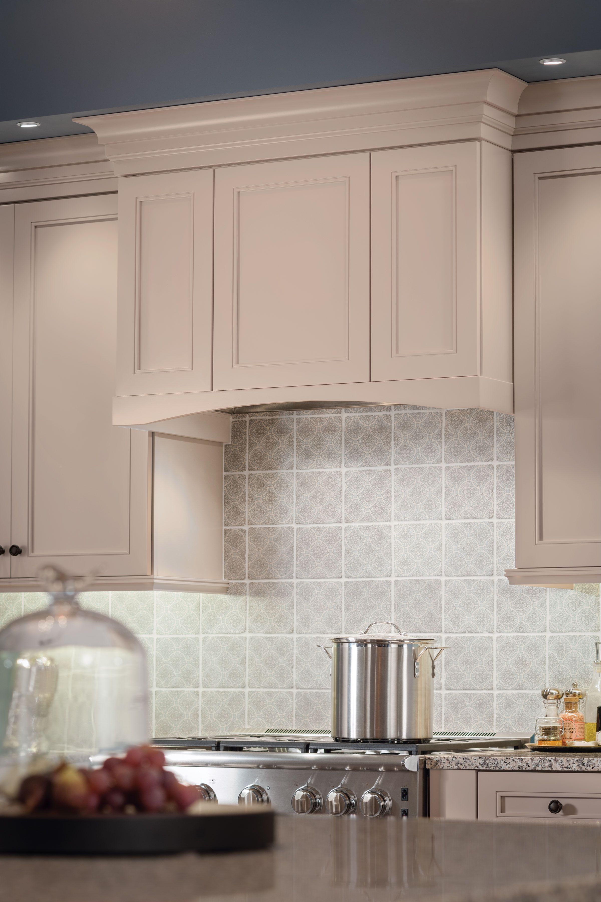 KraftMaid Cabinetryu0027s Wall Hood Box Makes This Commercial Grade Stove A  Focal Point Of This