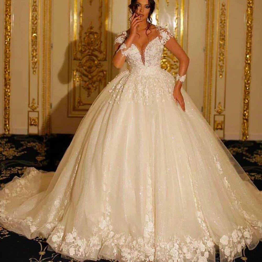 Princess Wedding Dresses Ball Gown Boho Off White Lace Applique Flowers Wedding Gown Vestidos Wedding Dresses Princess Ballgown Ball Gowns Wedding Ball Gown Wedding Dress [ 1000 x 1000 Pixel ]