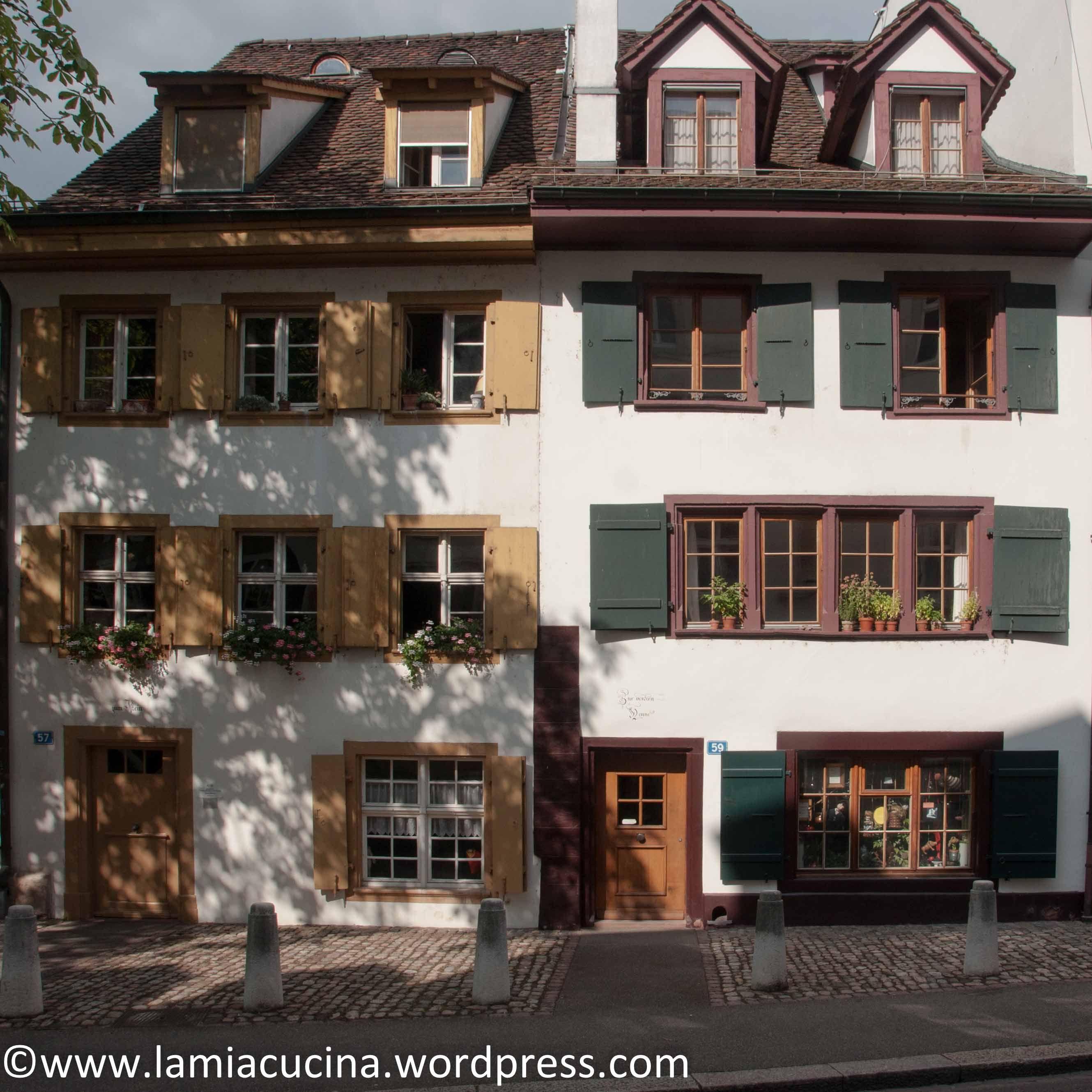 CH4058 Basel Rosental Altstadt, Haus und Basel stadt