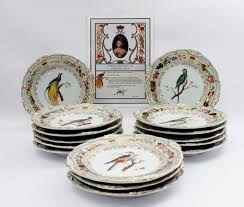 Resultado de imagem para pássaros pintados em porcelana