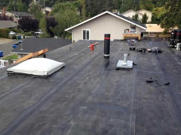Pin Of The Day Novato Job In Progress Flat Roof Has Been Re Sloped With Fiber Board Then Installed With A Black Mod Flat Roof Residential Roofing Luxury Design
