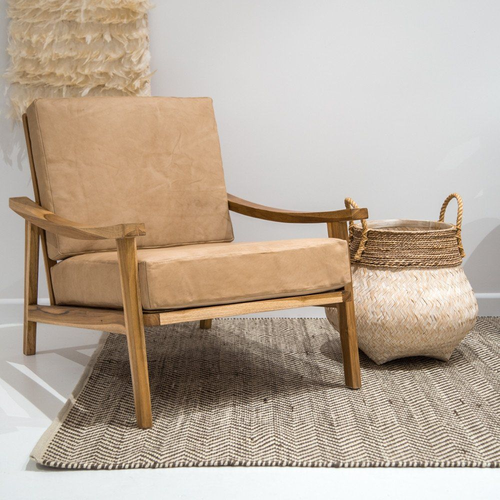 Colourful accent chairs - Arriving Early December This Gorgeous Camel Tan Coloured Arm Chair Consisting Of A