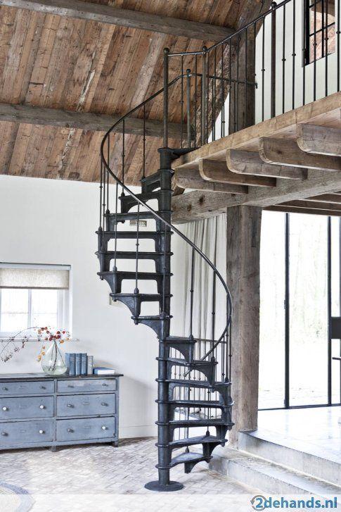 Gietijzeren wenteltrap draaitrap spiltrap industrieel 1880 huis idee n pinterest mezzanine - Huis mezzanine ...