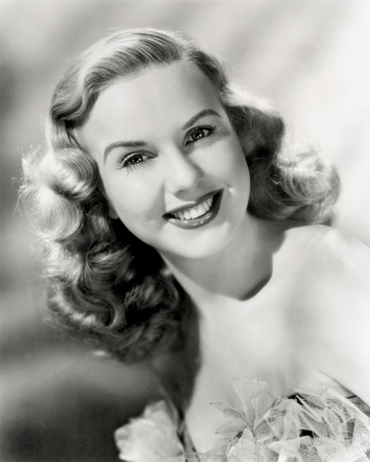 1939 long hair styles | deanna durbin is a canadian-born, southern