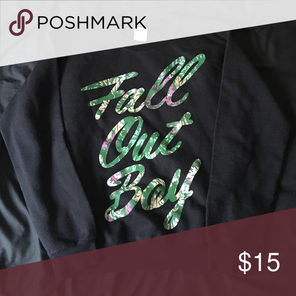 fall out boy crewneck very comfy, has like a hawaiian print on the letters Sweaters Crew & Scoop Necks