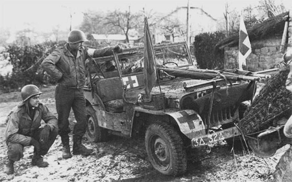 Medical Jeep In The Ardennes Area 1944 Wwii Vehicles Jeep Wwii