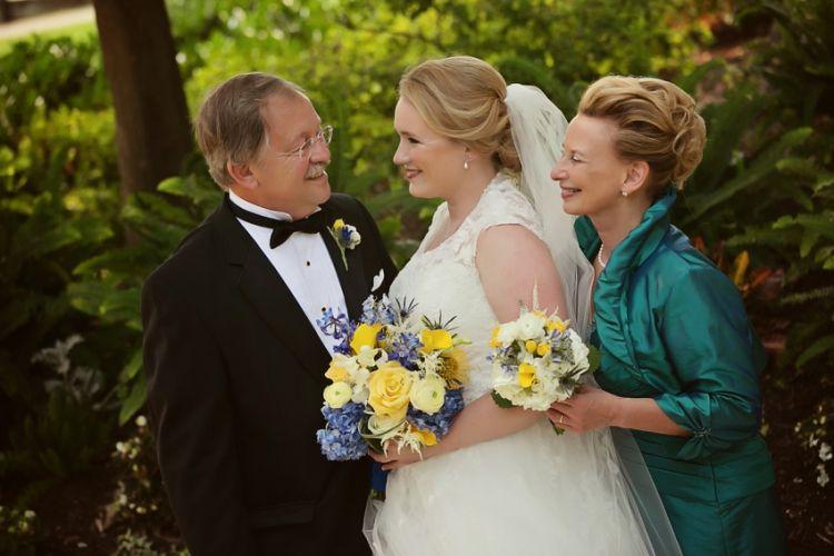 Jennifer Childress Photography | Wedding | Manufacturers' Golf and Country Club | Fort Washington, PA | Bride  www.jennchildress.com