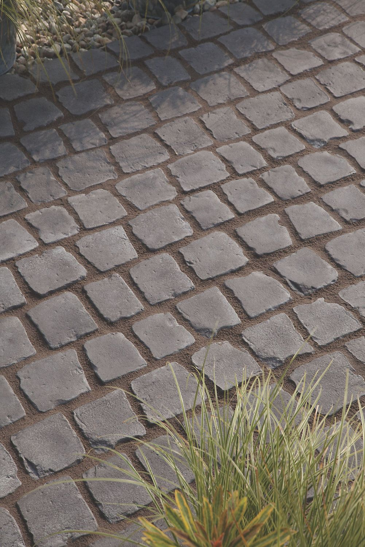 Charcoal Carpet Stone 0 5m In 2020 Back Gardens Carpet
