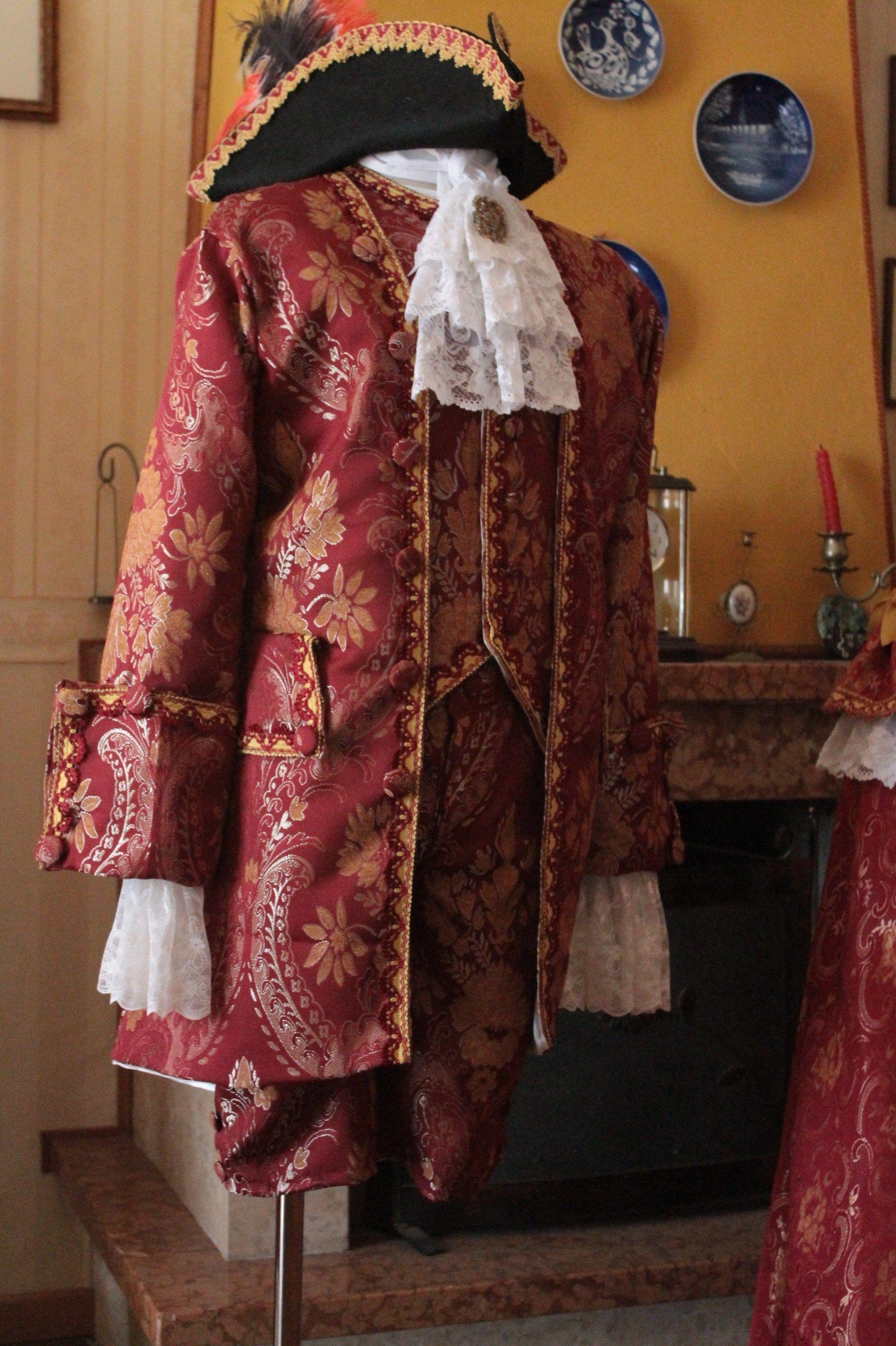 ABITO STORICO MASCHILE XVIII SECOLO ( 1750-1760)