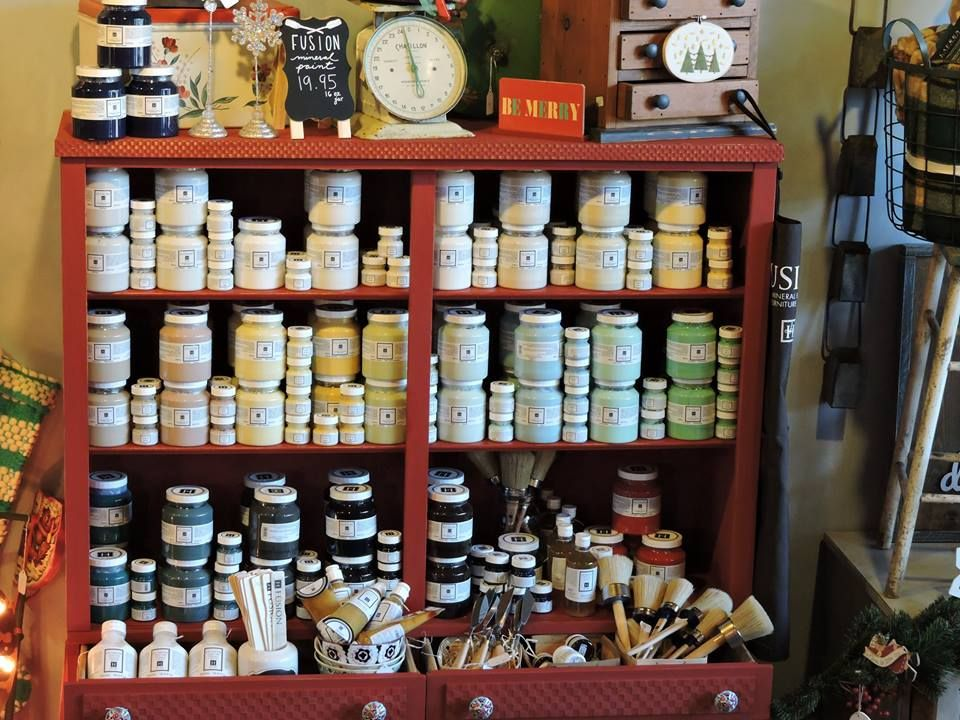 Fusion Mineral Paint at Paints & Paddles in Claremont, Ca.