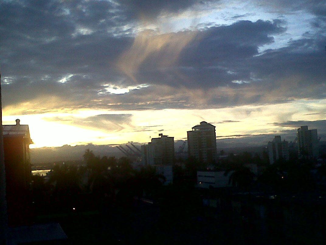 un lindo amanecer desde Panamá :)