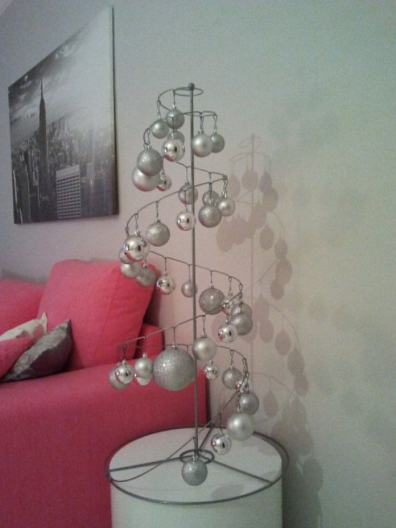 Decoraci n navide a de estilo n rdico minimalista moderna for Decoracion navidena moderna