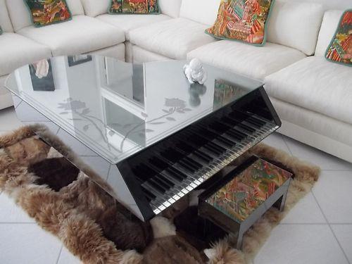Unique Mirrored Piano Coffee Table w/ mirrored bench. http://pinterest.com/cameronpiano