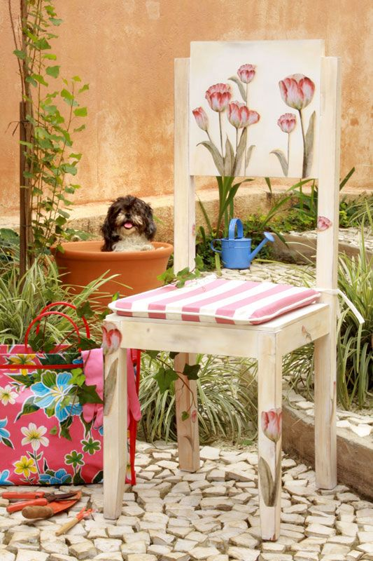 garden furniture decorating ideas decoupage with napkins