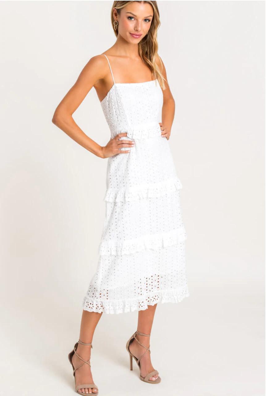 White Tiered Midi Dress In 2021 Tiered Midi Dress Mini Dress With Sleeves Midi Dress [ 1280 x 861 Pixel ]