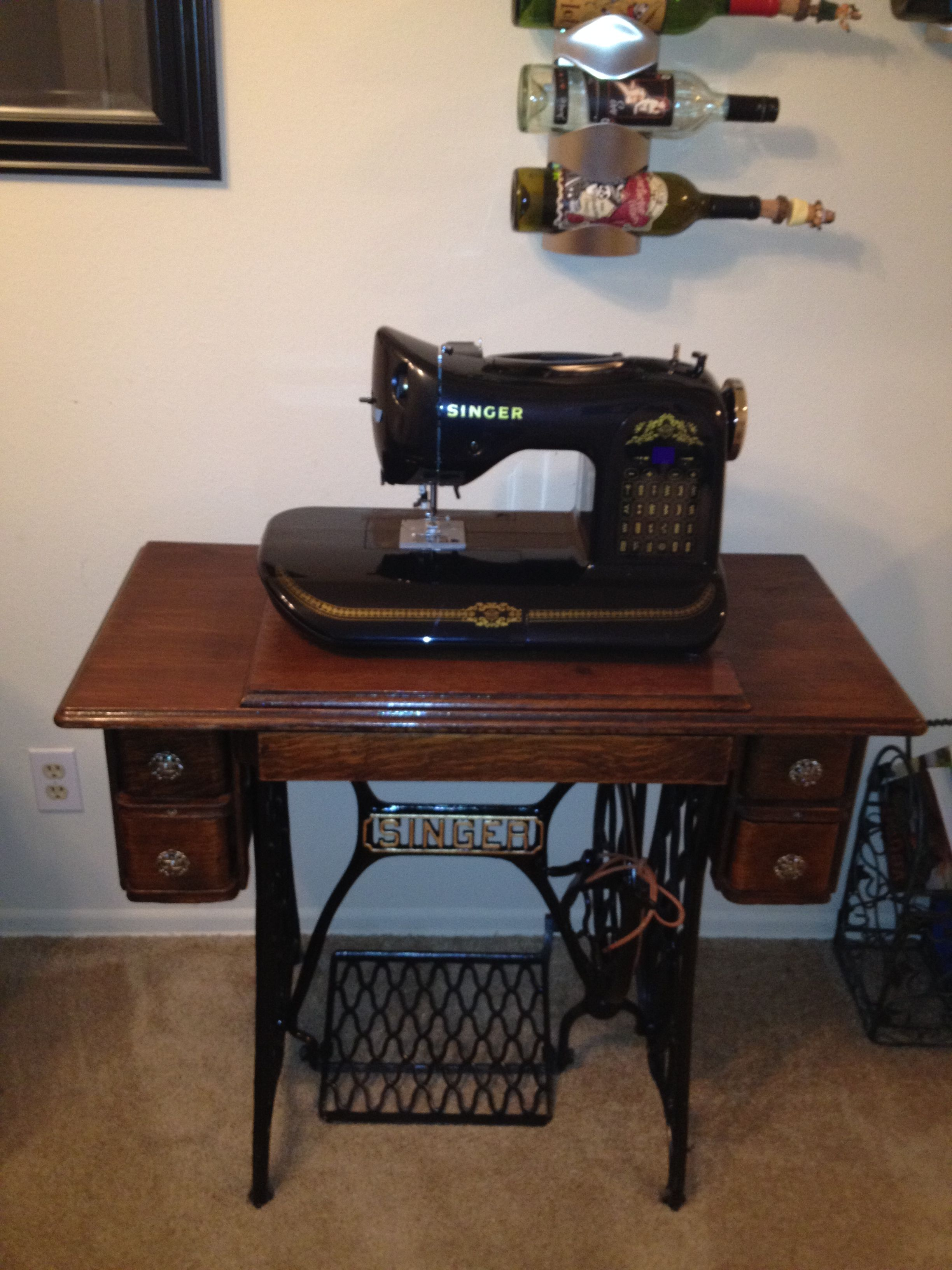 1920's Singer Treadle Sewing Machine | Vintage sewing ...
