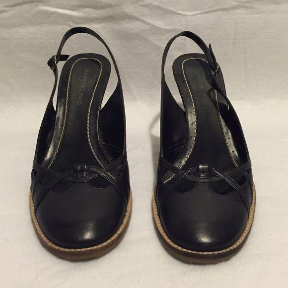 Bandolino Black Wedge shoes - size 9 Bandolino Black Wedge shoes - size 9.                      Pre-loved. In very good condition. Bandolino Shoes Wedges