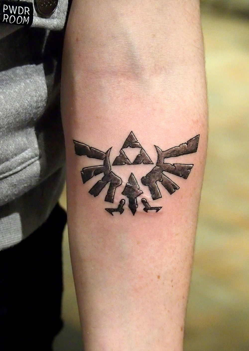 I love the detail on this Zelda triforce by TylerATD