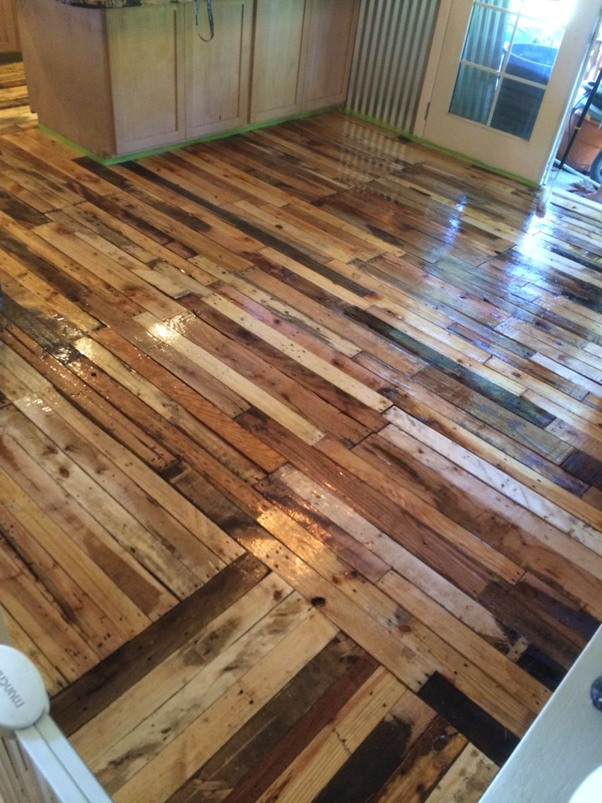 The Finished Pallet Wood Floor Amazing Wood Pallet Flooring