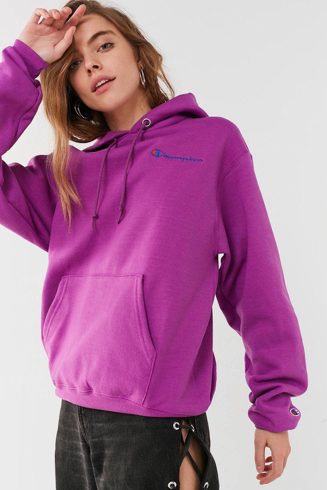 2370e574eb45 Champion   UO Reverse Weave Mini Logo Hoodie Sweatshirt
