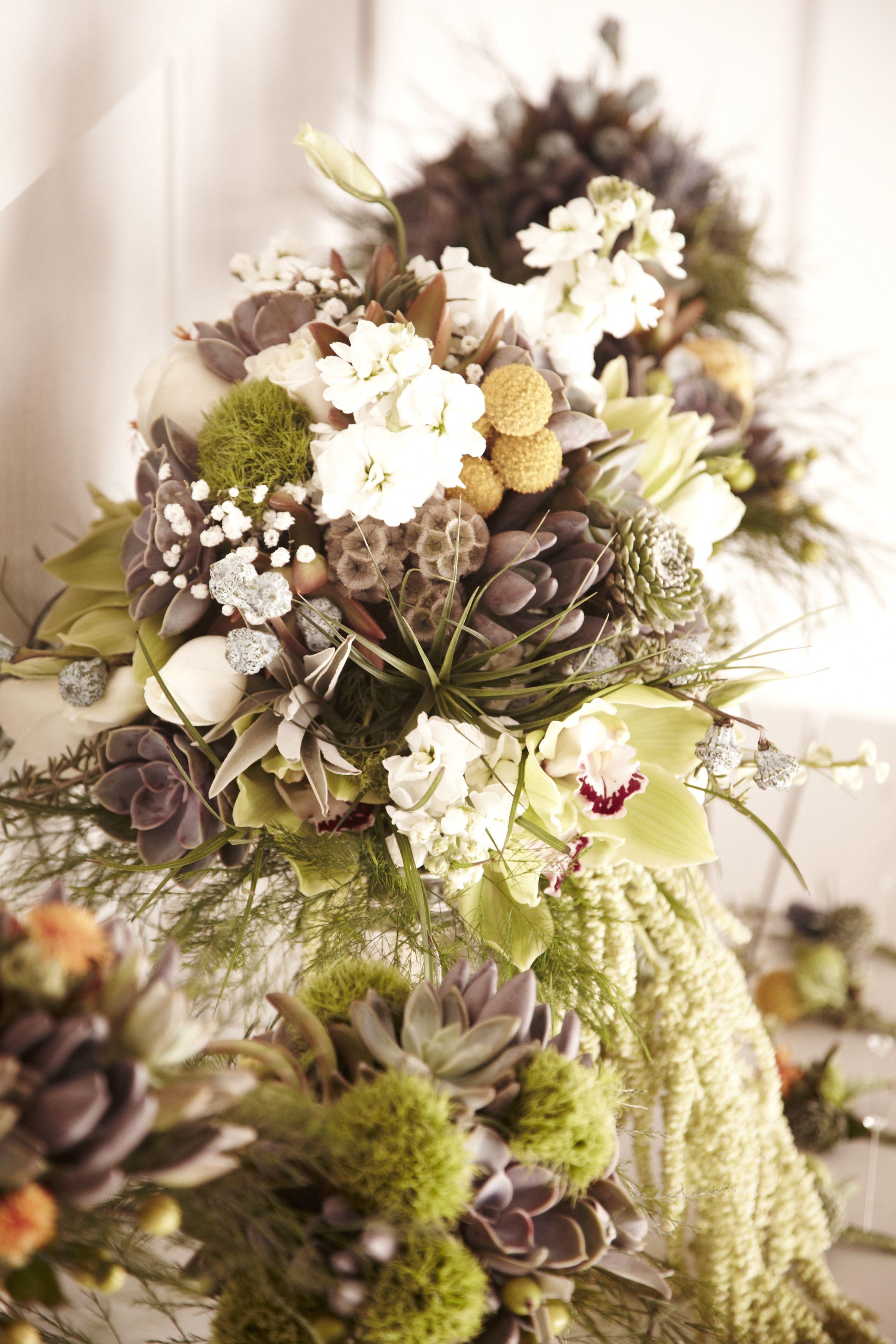 succulent bouquets Succulent bouquet, Table decorations