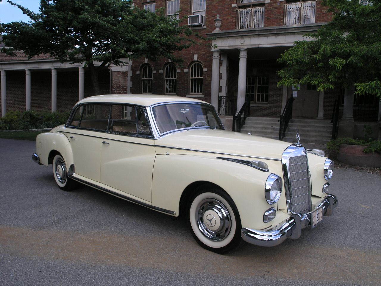 German cars after 1945 1960 mercedes 300 d for Mercedes benz vintage cars