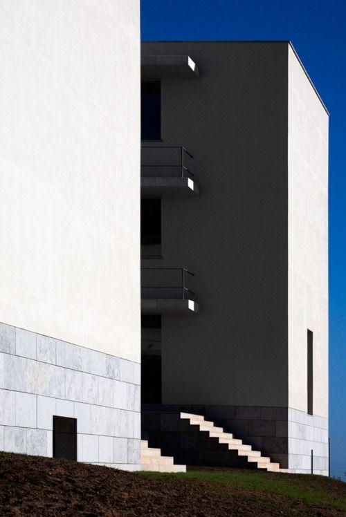 ISQ Headquarters, Portugal | Álvaro Siza