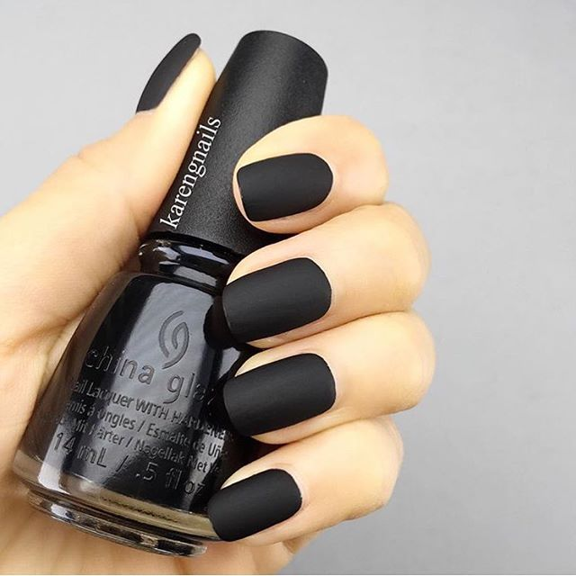 ⚫ Matte black by @karengnails who uses @chinaglazeofficial with ...