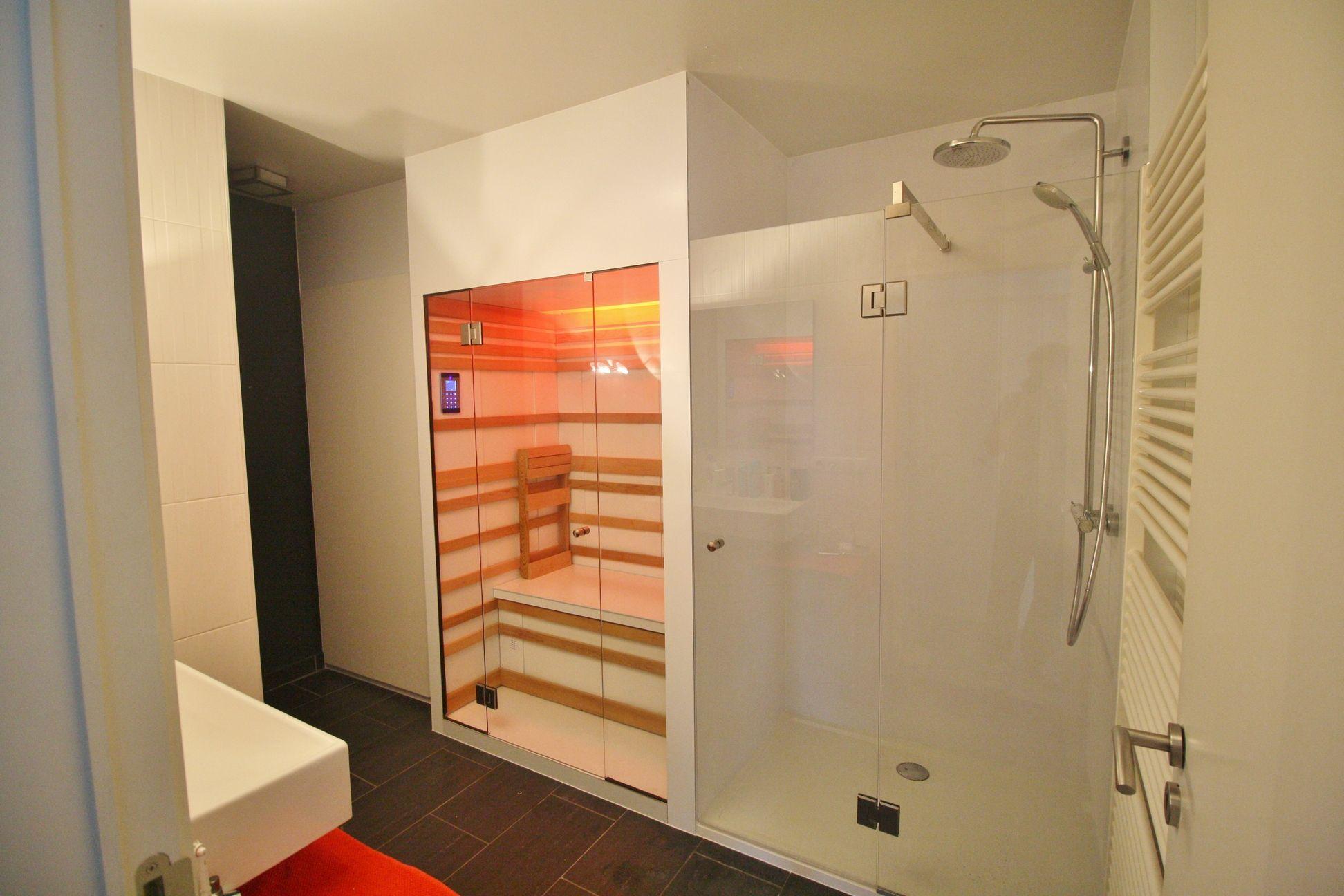 infrarood sauna in badkamer - Google zoeken | DIY home | Pinterest ...