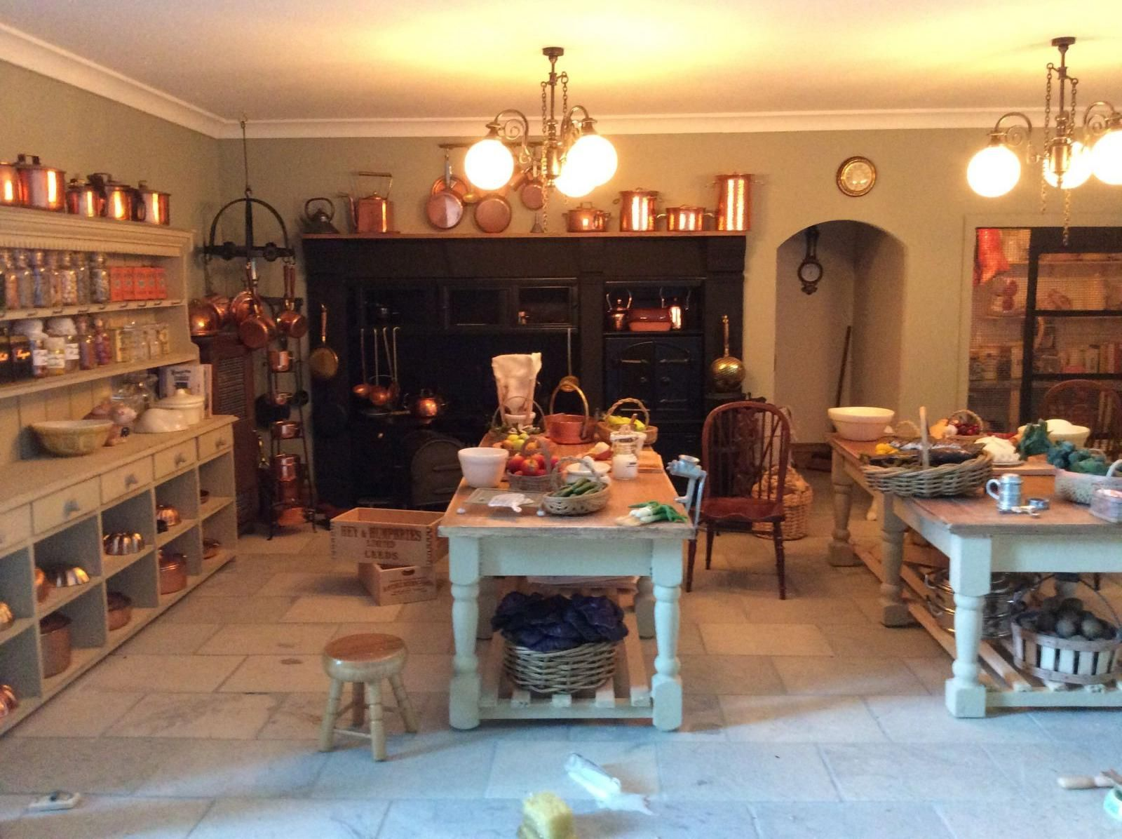 Downton Abbey based kitchen design, by Dolls House Grand Designs, UK ...