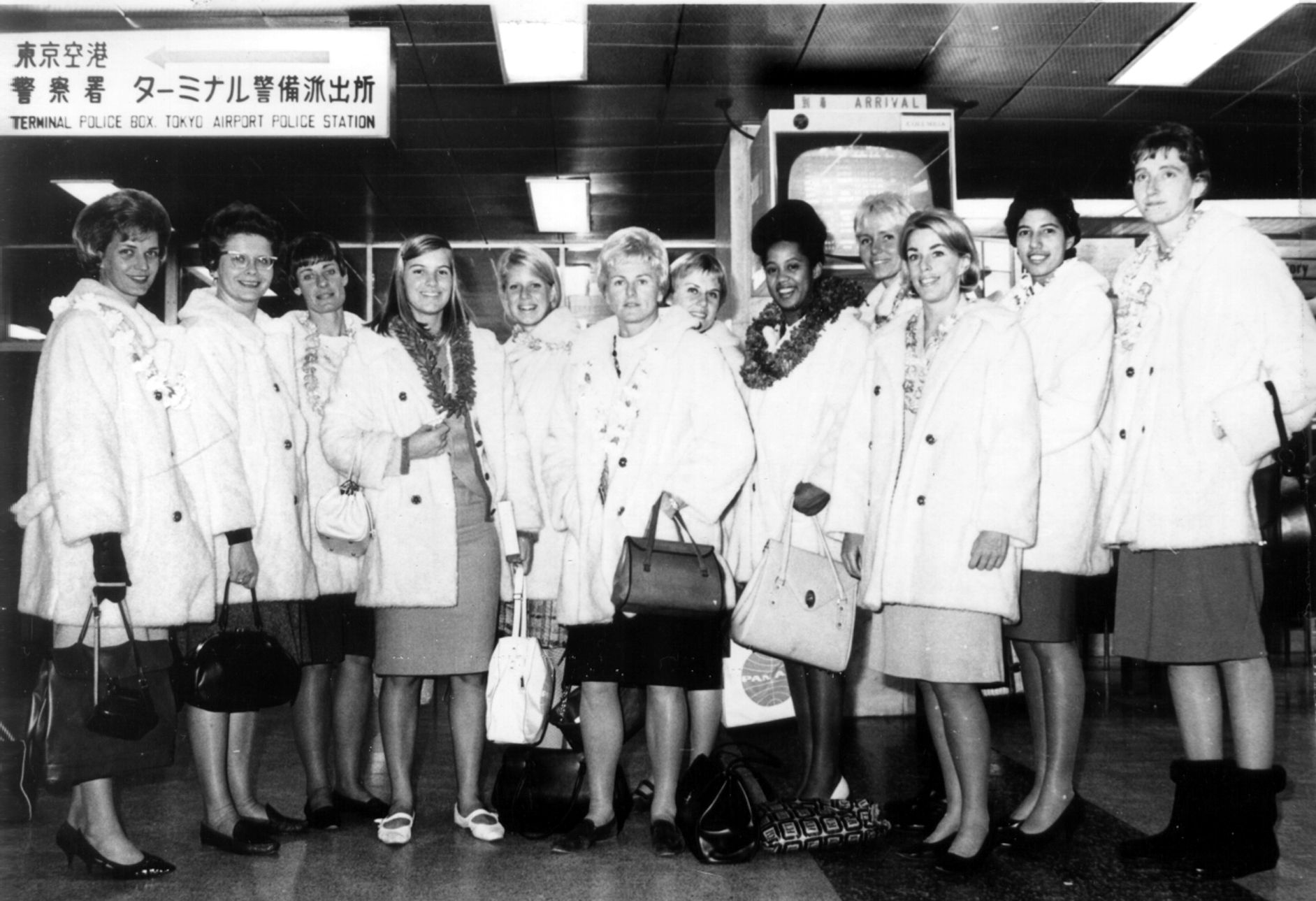 Usa Volleyball S 1964 Women S Olympic Team On The Way To Tokyo Japan For The Summer Games Women Volleyball Olympic Team Usa Volleyball