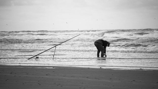 #lifesabeach #beach #fisherman #fishingrod #terschelling #vscofilm #vsco #vscogrid #beachlovers #igersholland #contemporaryphotography #top_bnw #sea #instadaily #documentaryphotography #monochrome #contemporaryart #contemporary #nature #bnw_life #vscodaily #Loves_Netherlands #nothingisordinary_ #dutch_connextion #igfriends_valledaosta #wanderlust #vscocam #monolith_europe
