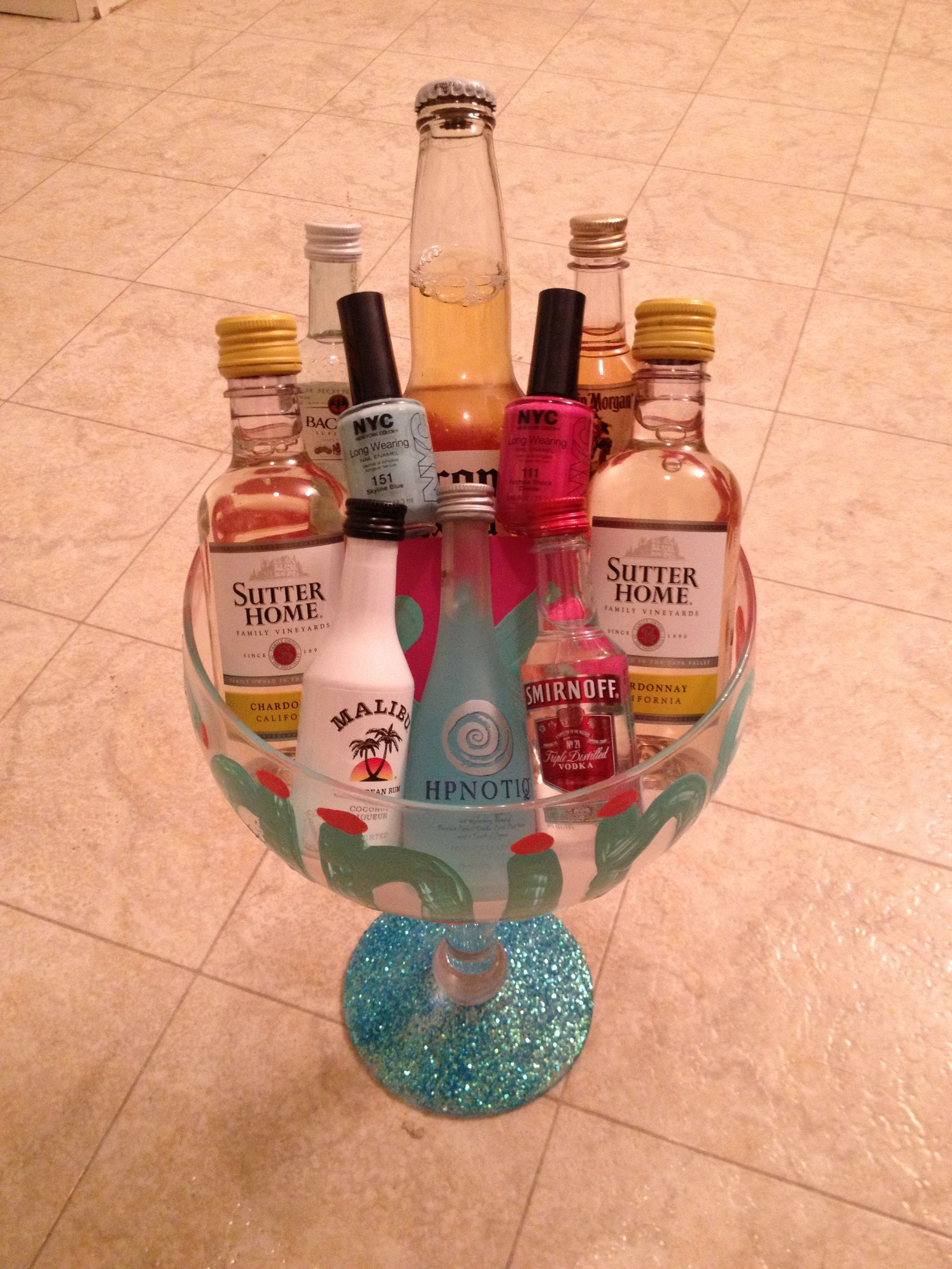 Pin By Liz Widun On Crafts Birthday Gifts For Girls Alcohol Gift Baskets 21st Birthday Gifts