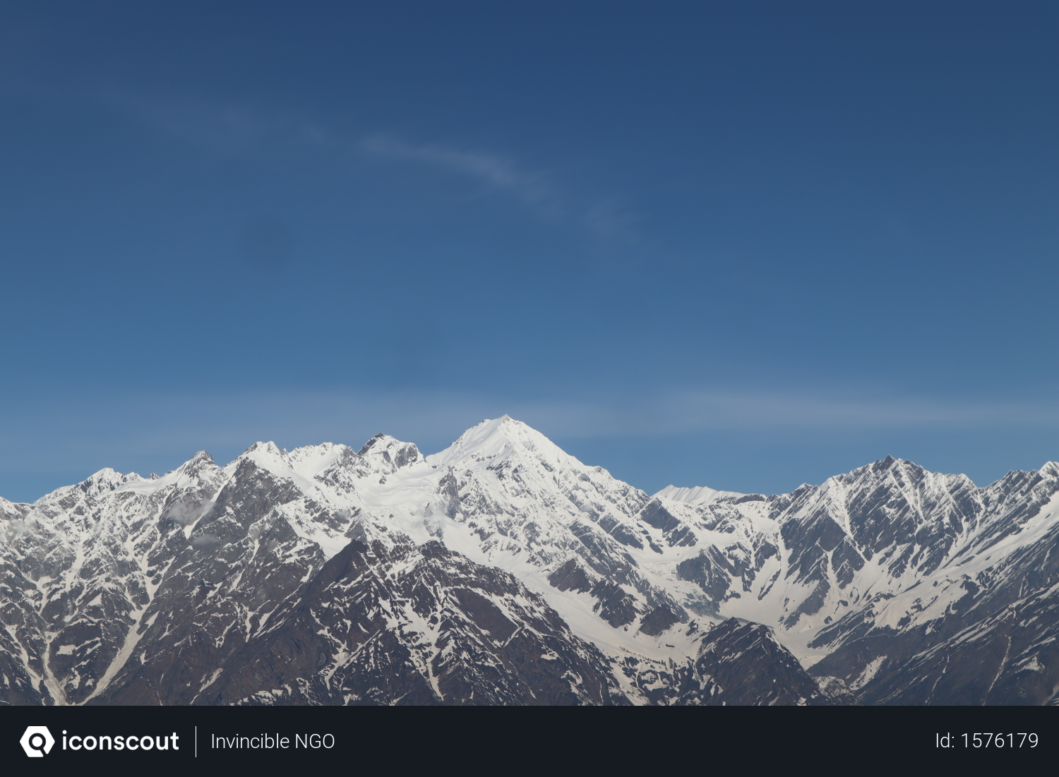 Free Snow Capped Mountain Valley In Himachal Pradesh Photo Download In Png Jpg Format Mountain Valley Himachal Pradesh Photo
