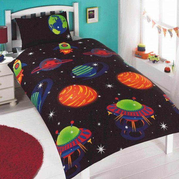 Glow In The Dark Outer Space Duvet Cover For Kids Kool Rooms For Kool Kids Outer Space Bedroom Duvet Cover Sets Space Themed Bedroom