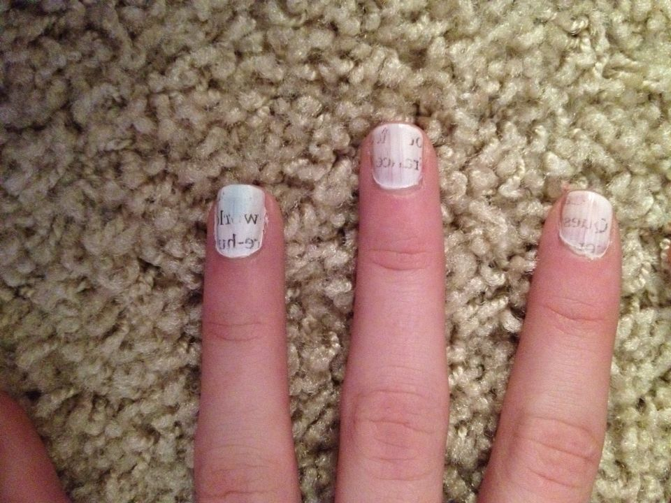Newspaper nails! 1- paint white and let dry 2- dip one nail at a ...