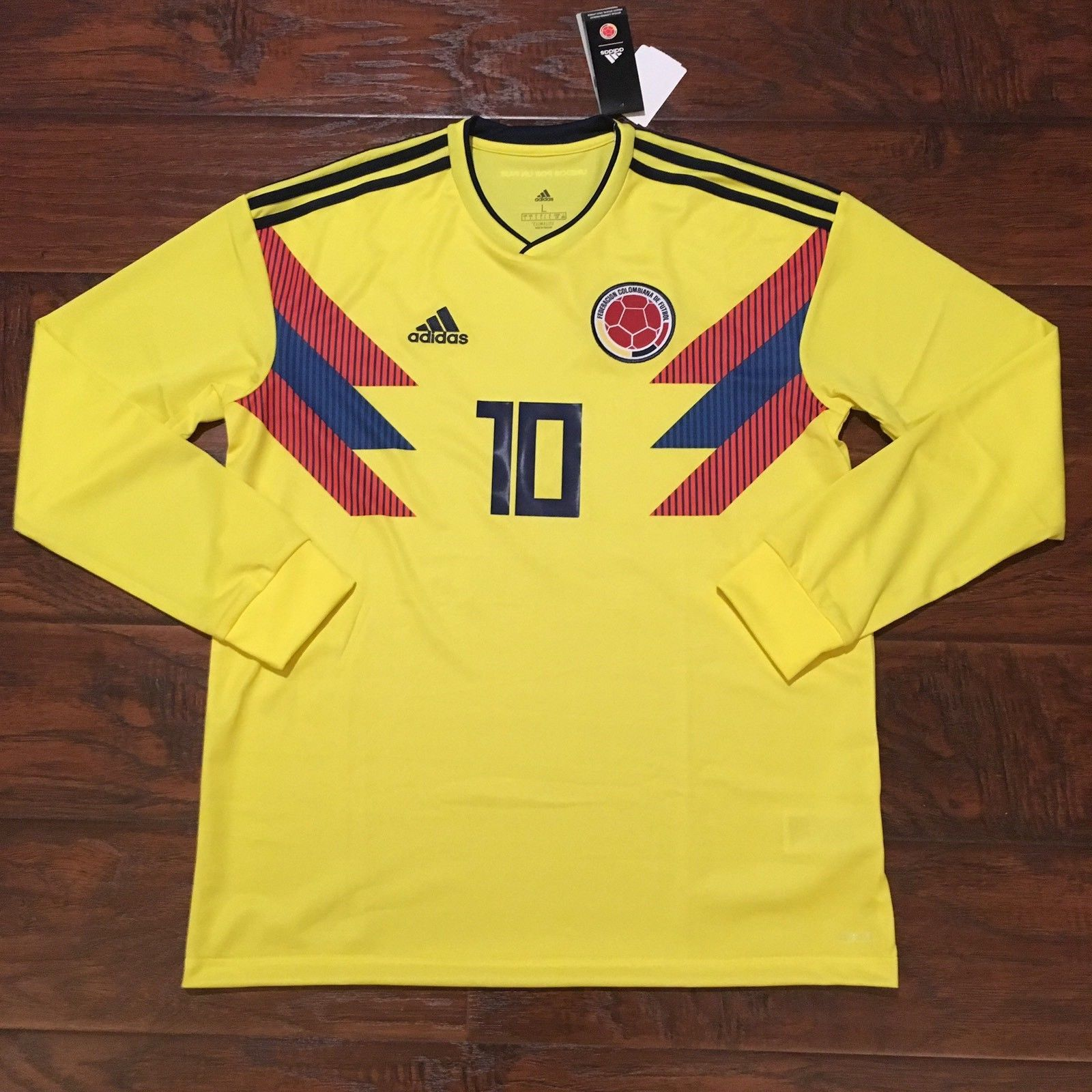 2018 Colombia Home Jersey  10 JAMES Large ADIDAS World Cup Soccer L S NEW 9ad4eee08