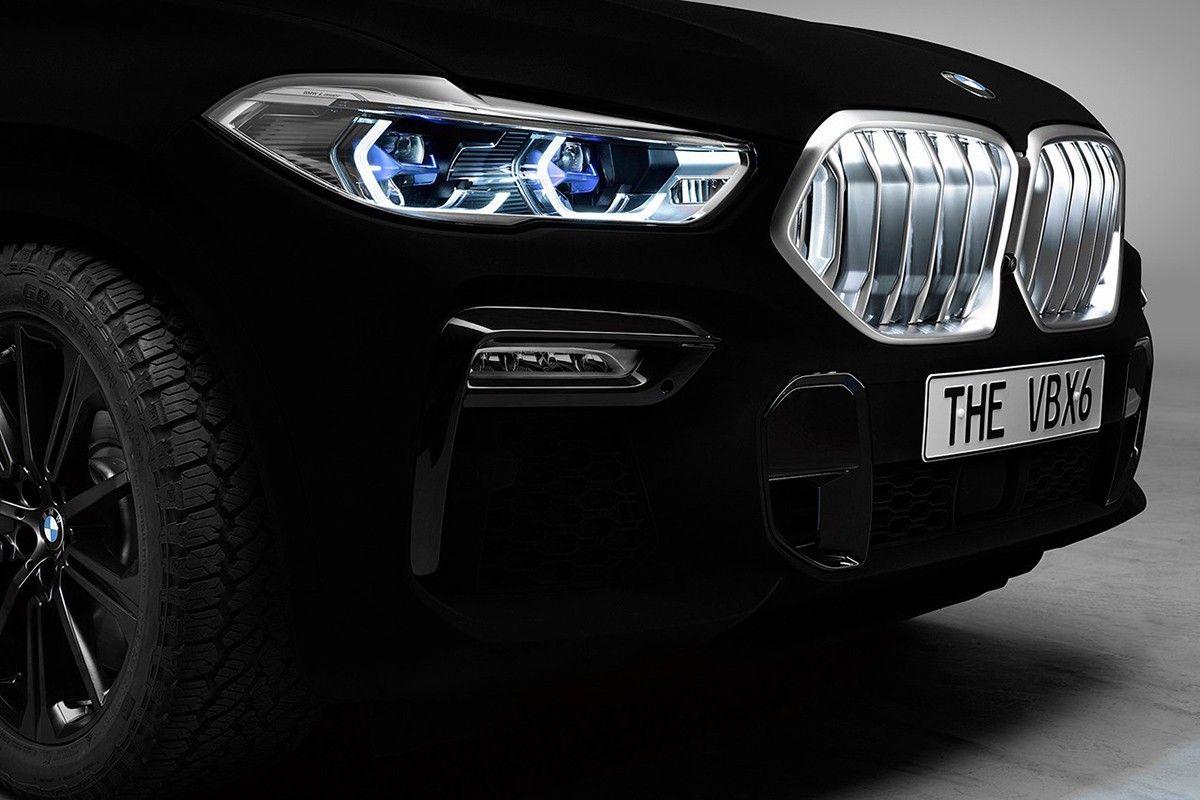 Bmw Unveils New X6 Series In World S Blackest Black Bmw X6