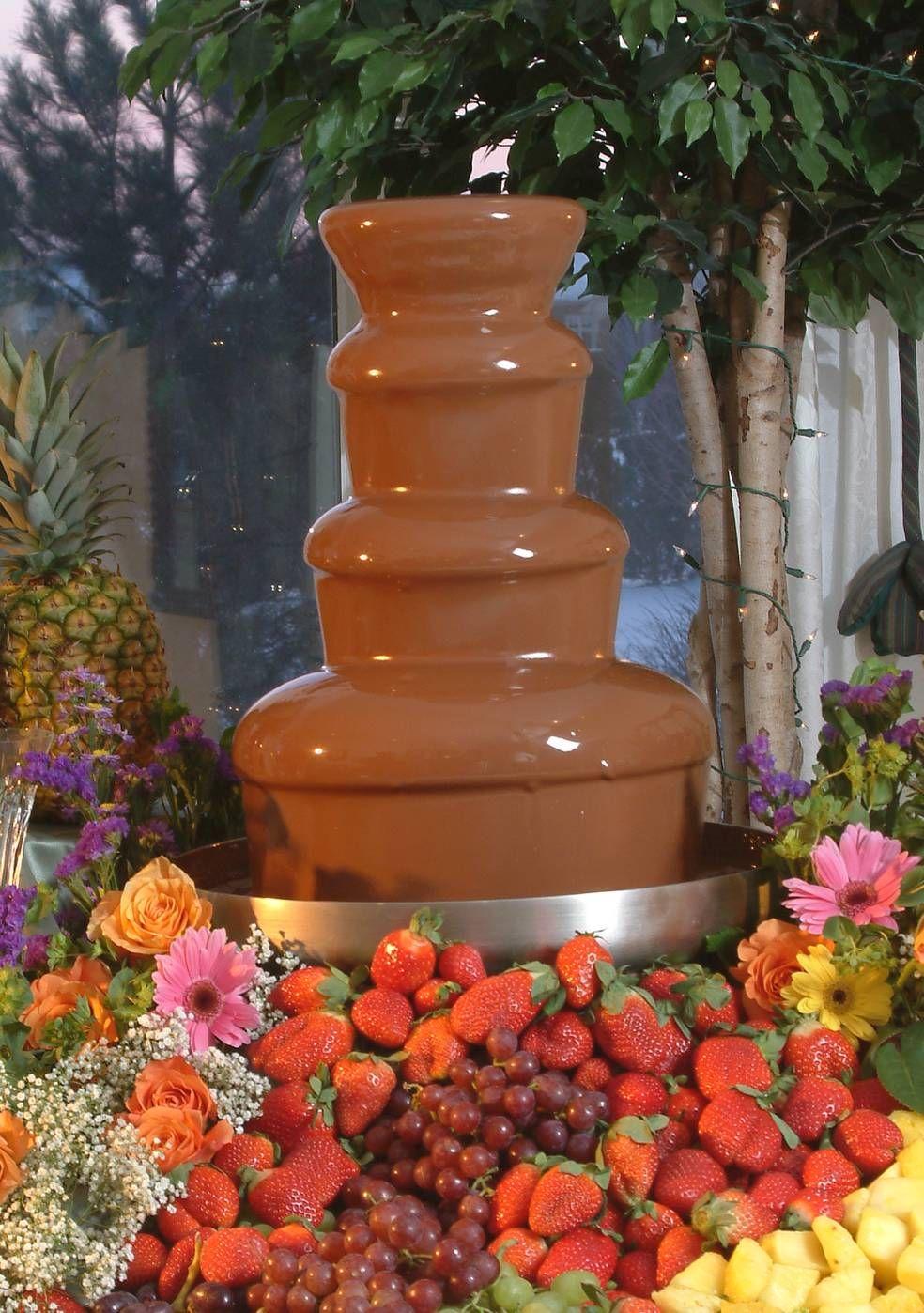 chocolate fountain... | Fondue | Pinterest | Karanlık, Düğün ve Aşk