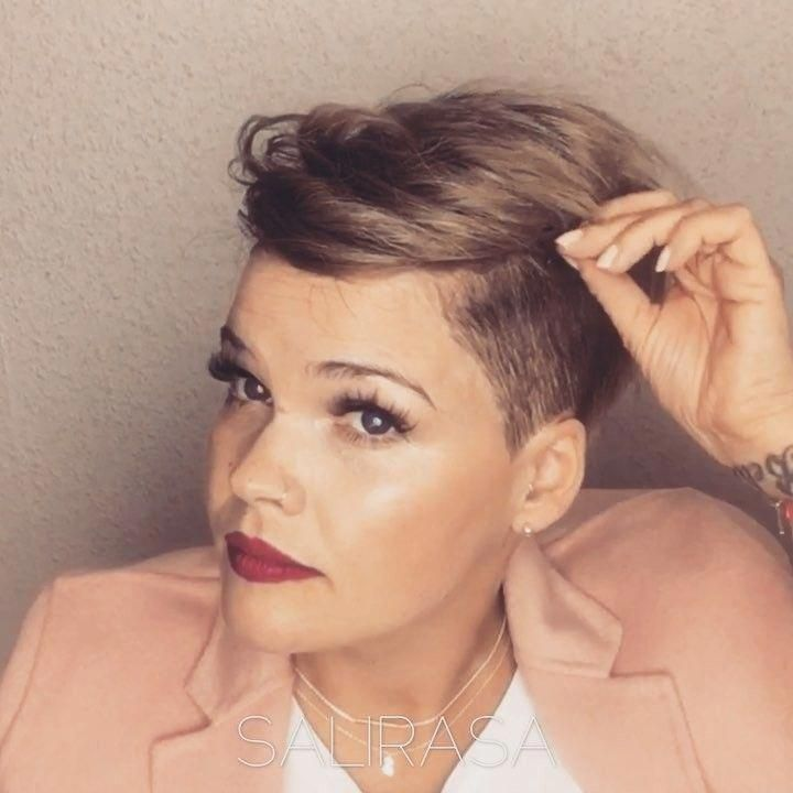 Looking for easy hairstyles for short hair to do at home ...