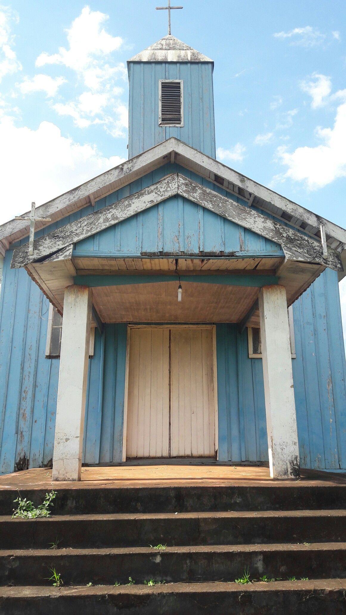 Capela abandonada na estrada de Apucarana